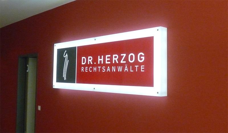 Firmenschild/Leuchtreklame Rechtsanwalt Dr. Herzog