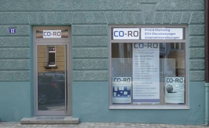 Unser Schaufenster kurz vor der offiziellen Geschäftseröffnung